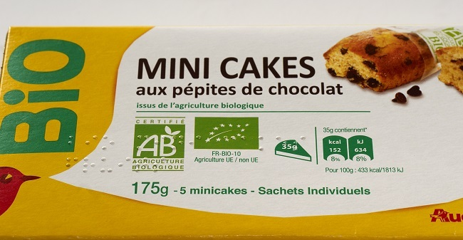 Packaging Auchan en braille : Mini cakes aux pépites de chocolat
